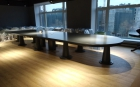 огромный стол 7 метров