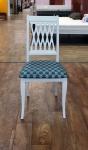 стул белый