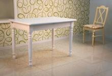 белый обеденный стол с фигурными ногами 120х80 см.